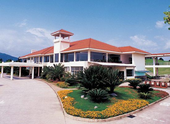 桂林樂滿地高爾夫俱樂部會所功能簡介圖片