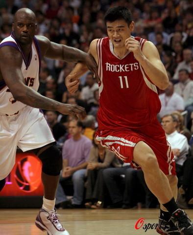 奥尼尔和姚明打架_姚明:PK奥尼尔已无特别感觉打架时只想保护队友_篮球-NBA_NIKE