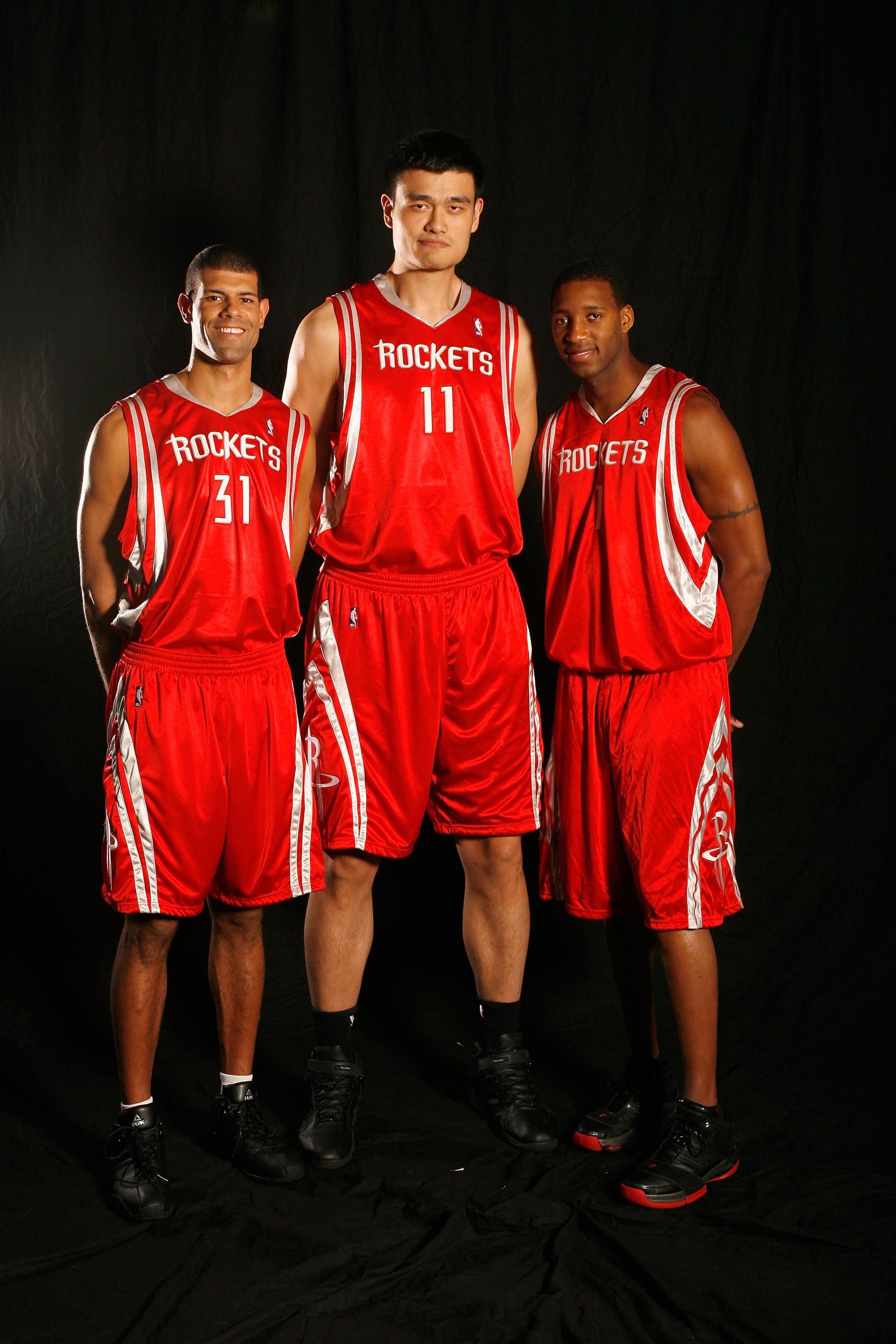 篮球经理网页游戏_NBA老照片-休斯顿5年前的合影 三巨头只剩下姚明_篮球-NBA_新浪 ...